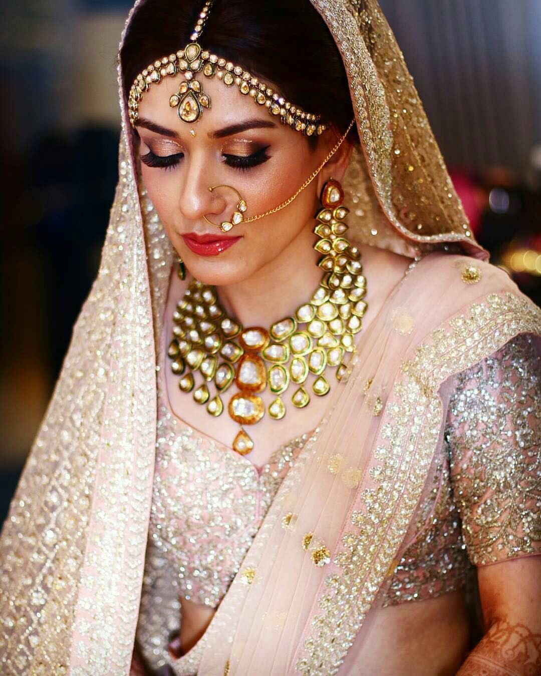 Pin by Rose on Bridal kundan jewellery   Indian bridal makeup, Best bridal makeup, Bride