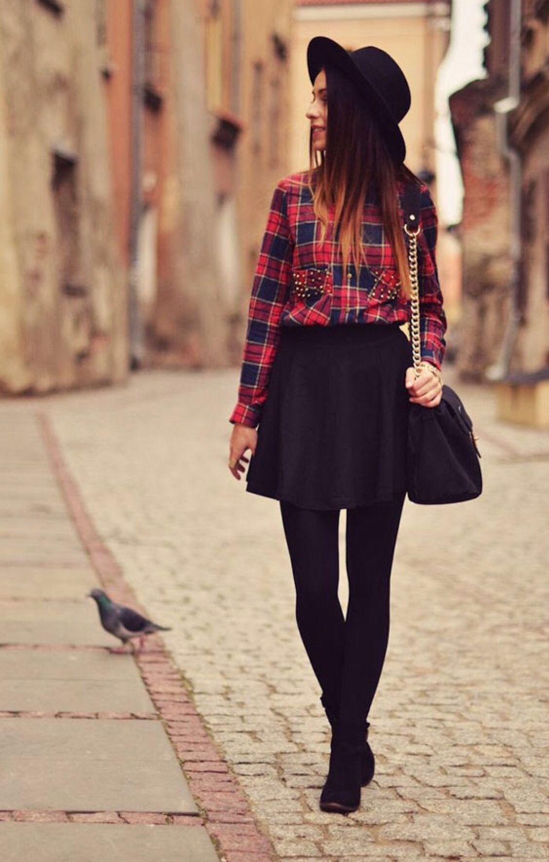 Fall winter · Pinterest @isabellereneexo. Skater Skirt OutfitsBlack
