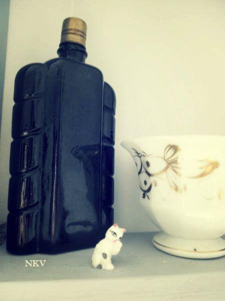 Los Mundos de Nika Vintage: Estantería cambiante