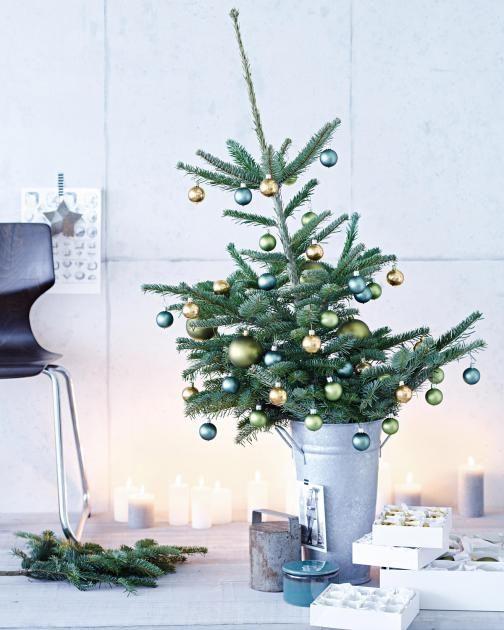Fesselnd Adventsdeko Deko Ideen Aus Der Natur: Weihnachtsbaum Im Zinneimer.  Schöne WeihnachtenDer .