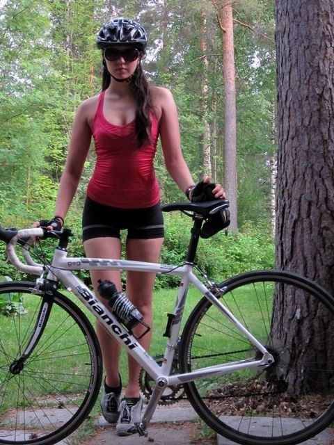 Girls-On-Bicycles Girls On Bicycle   Sports Outfit  Bicycle Girlcycling -2381