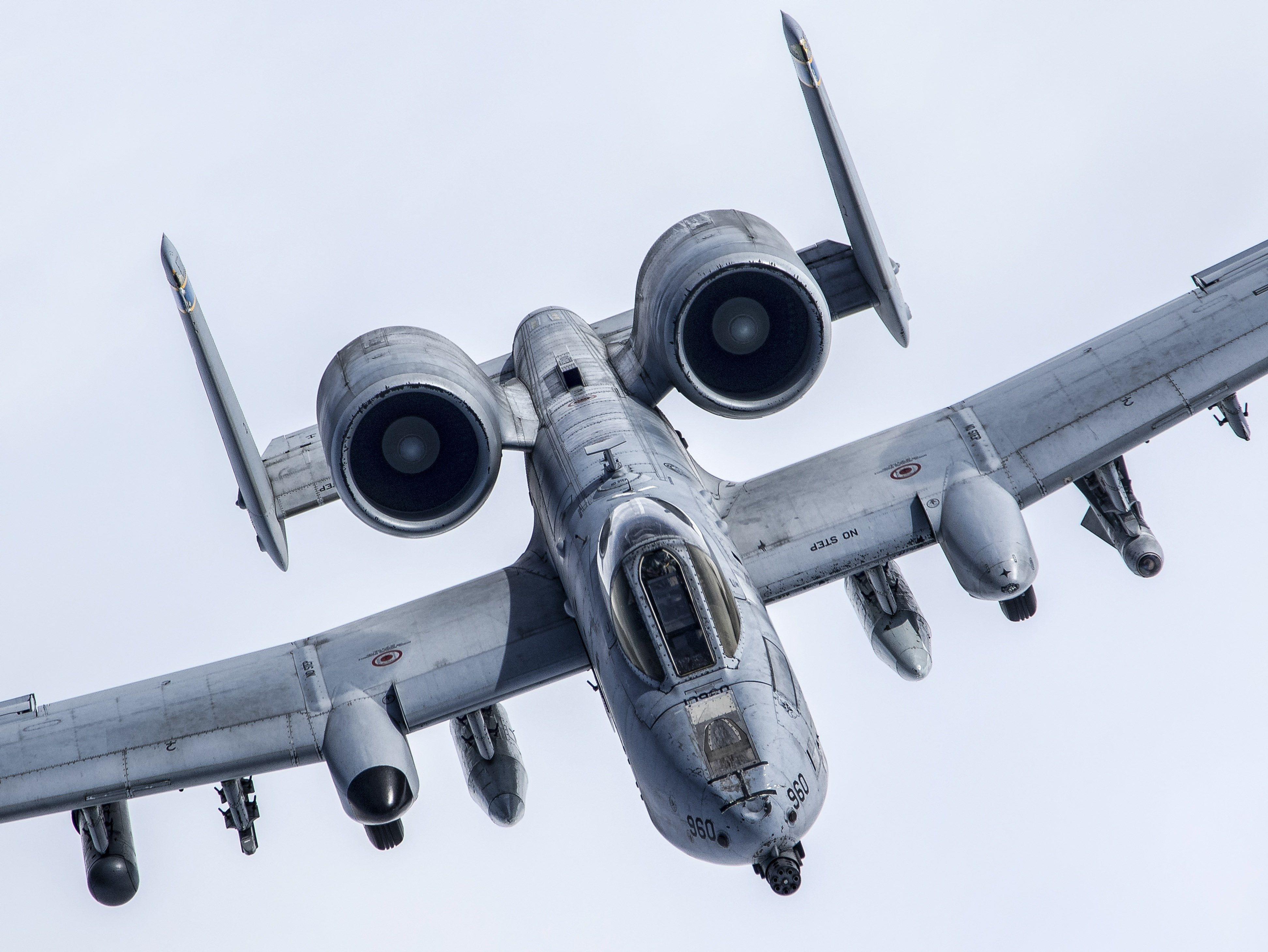 Free Download Fairchild Republic A 10 Thunderbolt Ii Fighter Jets Thunderbolt Fighter