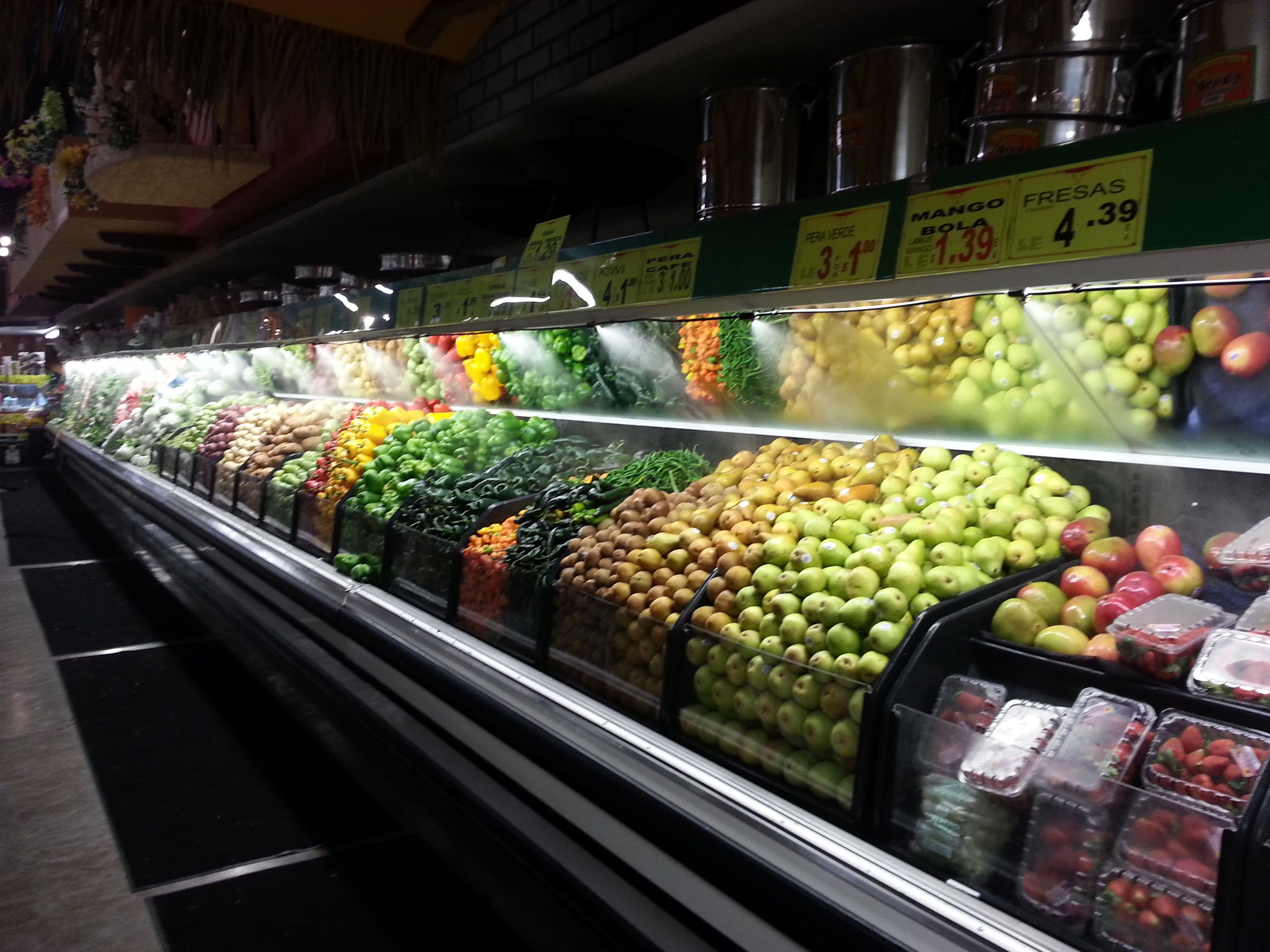Fruits and vegetables humidification misting system