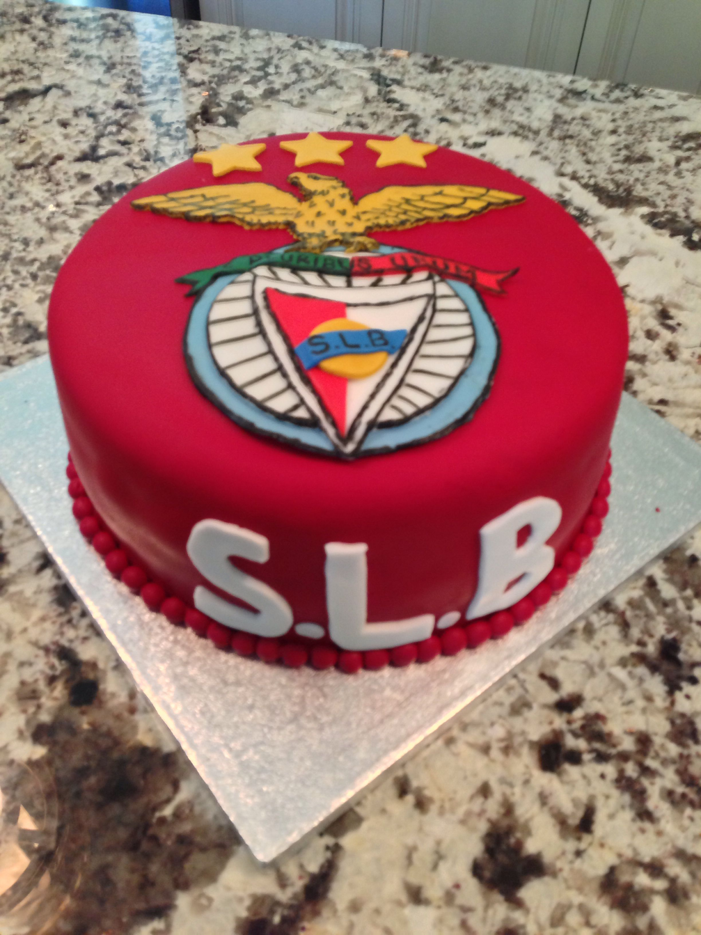 Benfica Soccer Cake Jake S Birthday In 2019 Bolo