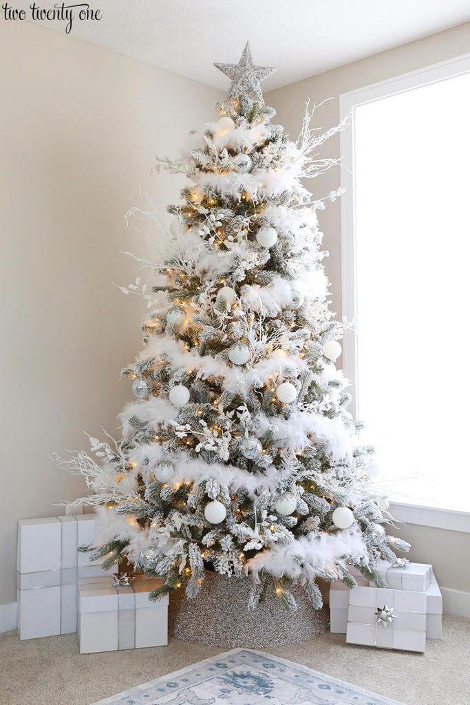 Glam Christmas Tree Christmas Tree Feathers Christmas Tree Decorations Diy Glam Christmas Tree
