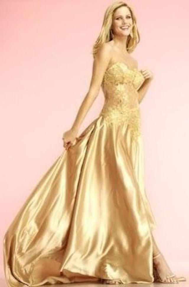 Wedding Lady: Gold Wedding Dress gold