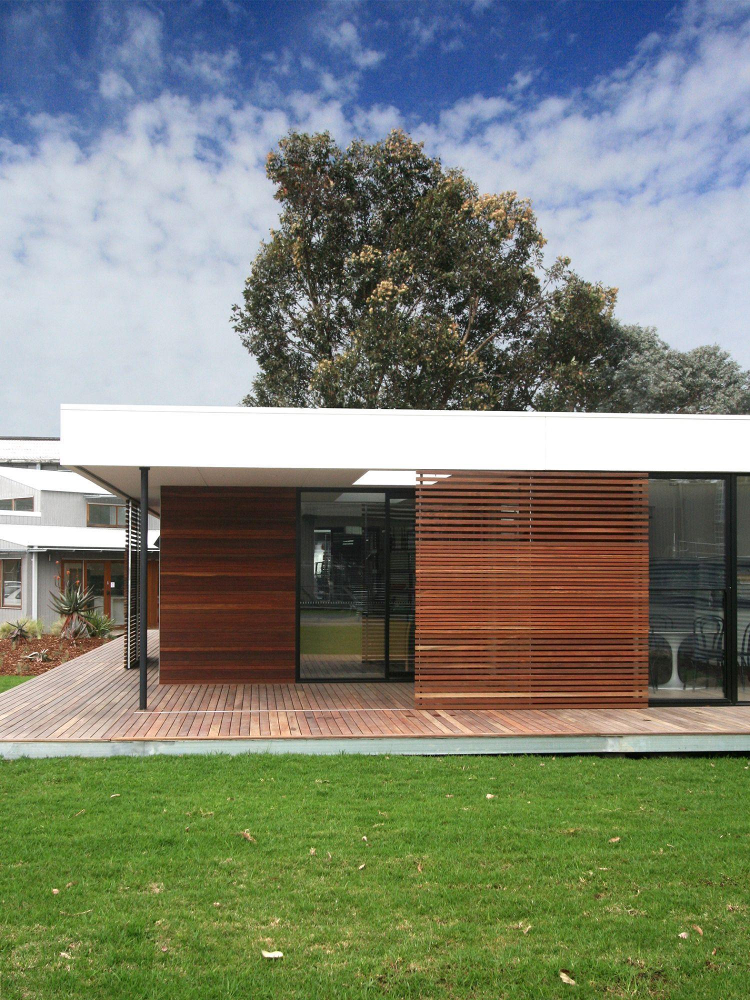 Prebuilt - Eve House on Display