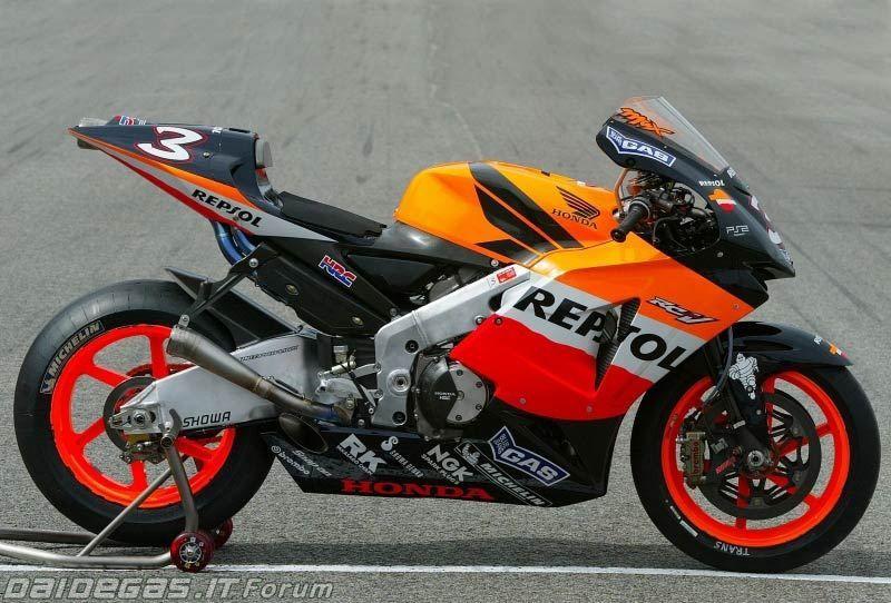 2005 Honda Rc211v Motogp Biaggi バイク レーサー