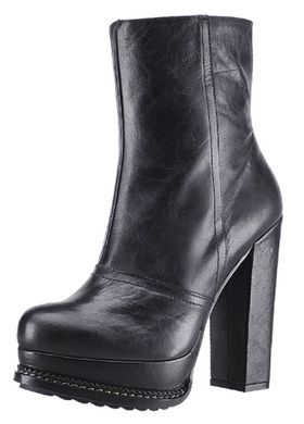 Kozaki Na Traperowej Platformie I Grubym Obcasie Buffalo Velma 40802 223 Boots Shoes Heels