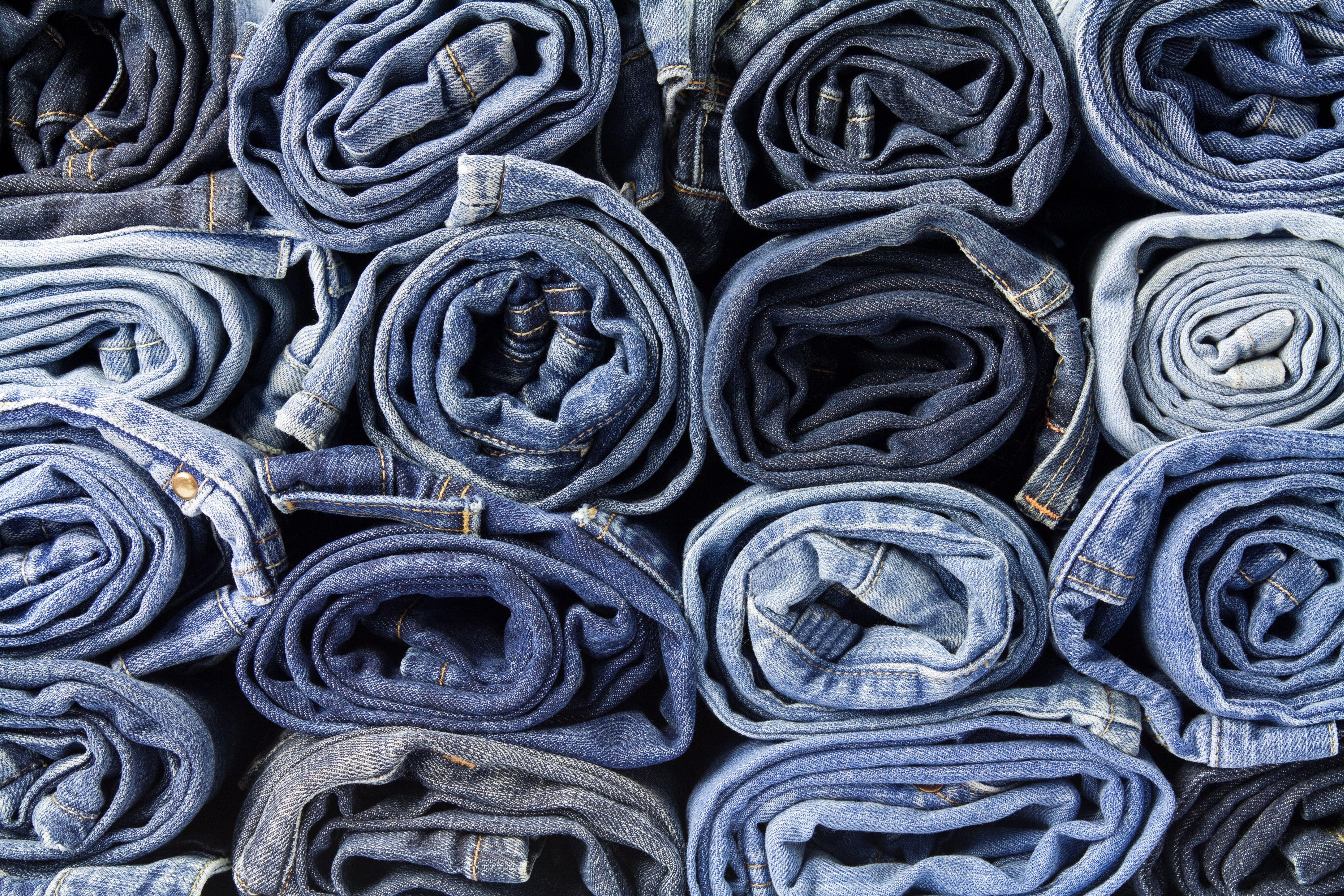 Washing jeans