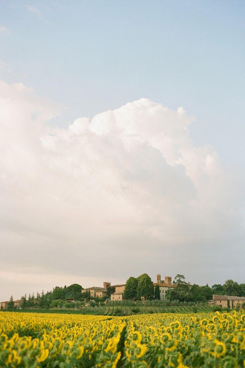 A beautiful view of #Tuscany - #Italy https://www.yamadu.it/