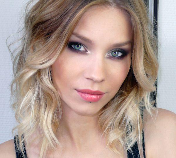 love her hair+ her eyes= beautiful