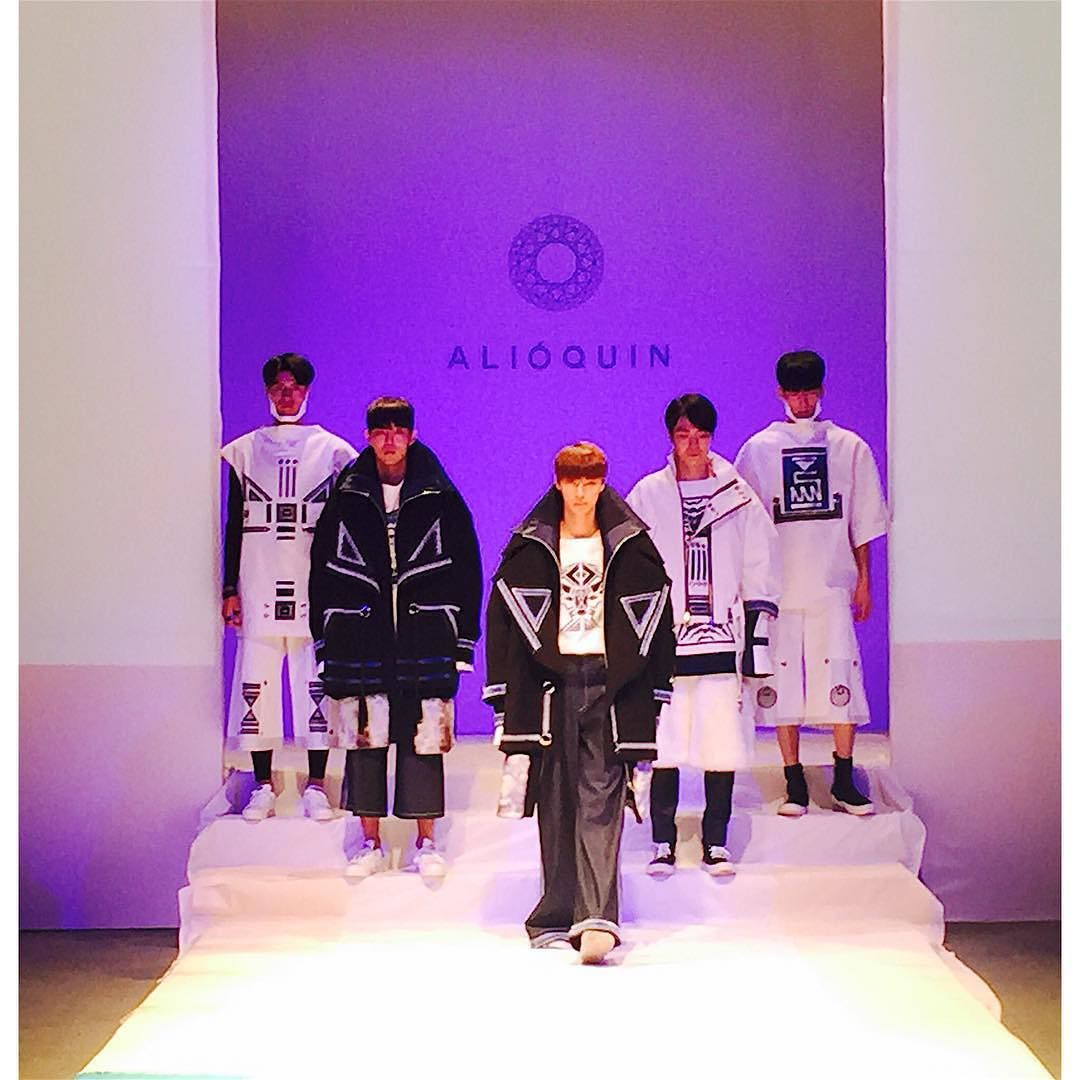 #fashion #fashionshow #MJU #africa #crafrica #3dprinting #3dprint #mask #BLACK #WHITE #blue by highlow_f