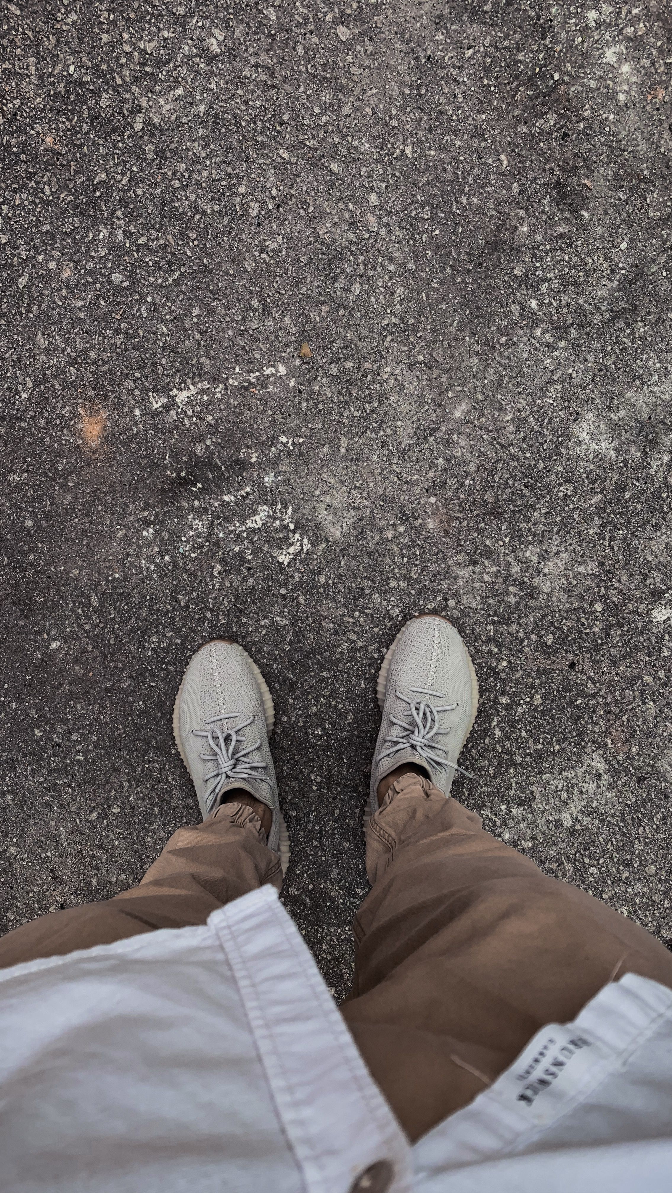 5d5261d1 Yeezy 350 V2 Sesame | Clothes on! in 2019 | Yeezy 350, Yeezy outfit ...