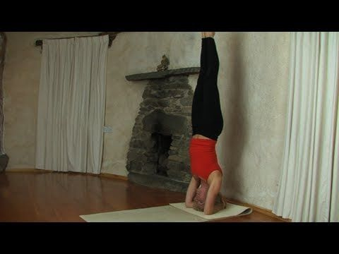headstand tutorial  good demonstration of head placement