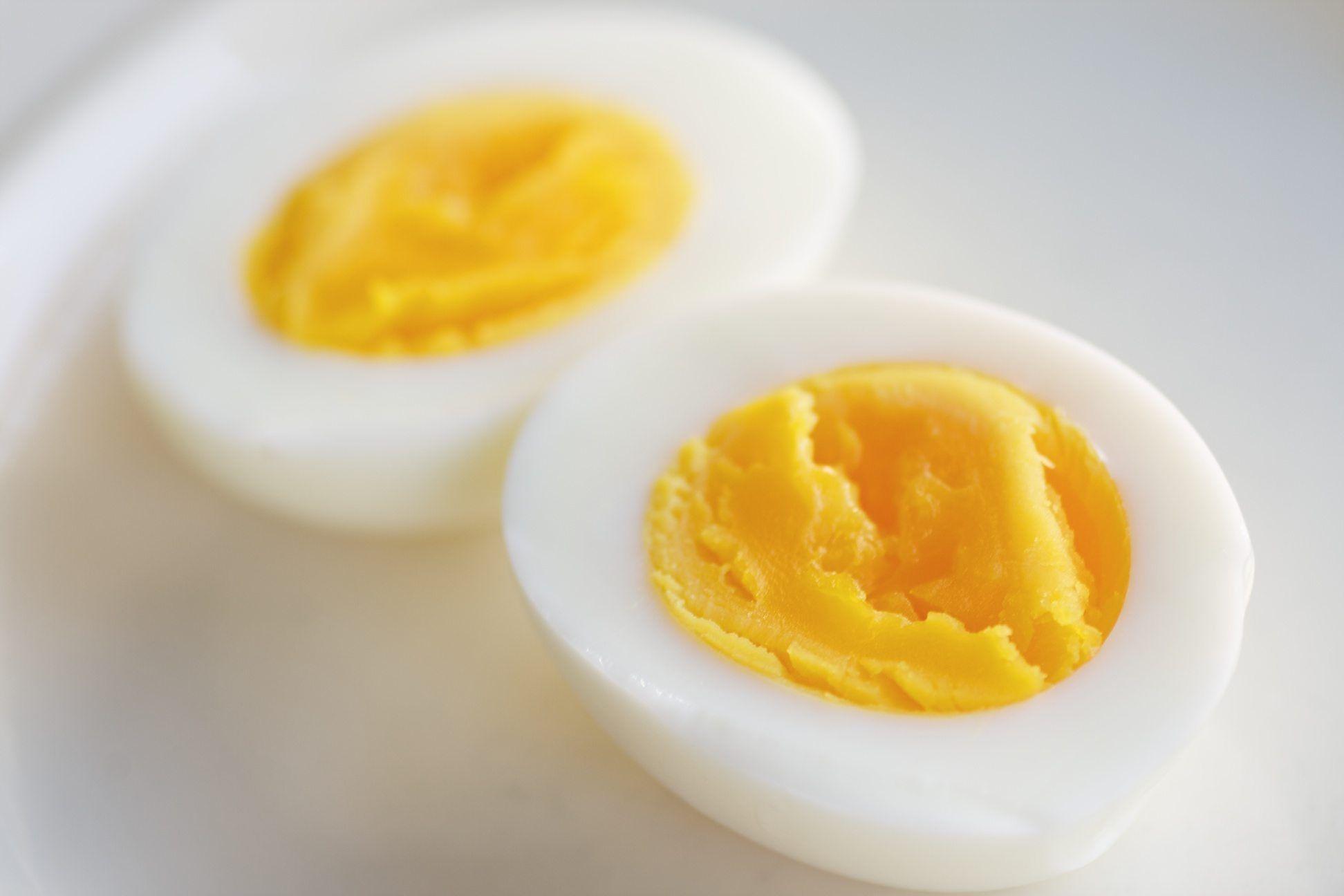 O ovo, com toda a sua quantidade de nutrientes, é um dos alimentos mais antigos. Estudos apontam que o ser humano comia ovos a cerca de seis milhões de anos