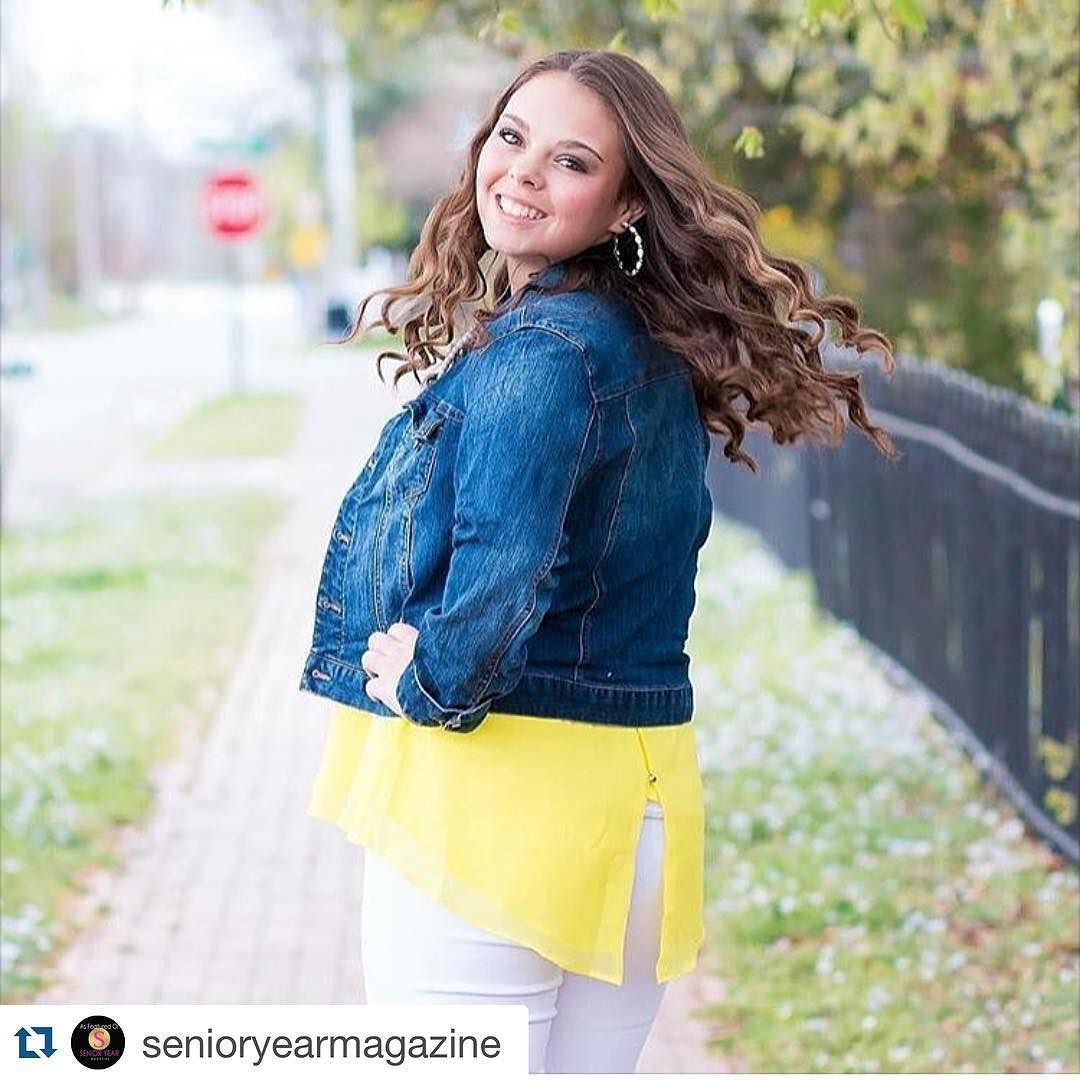 Courtney got feature this morning on @senioryearmagazine !! Make sure to show her some love !!!  #Repost @senioryearmagazine with @repostapp.  Hilts Photography  Sarah Hilts  Hertford NC @hiltsphotography