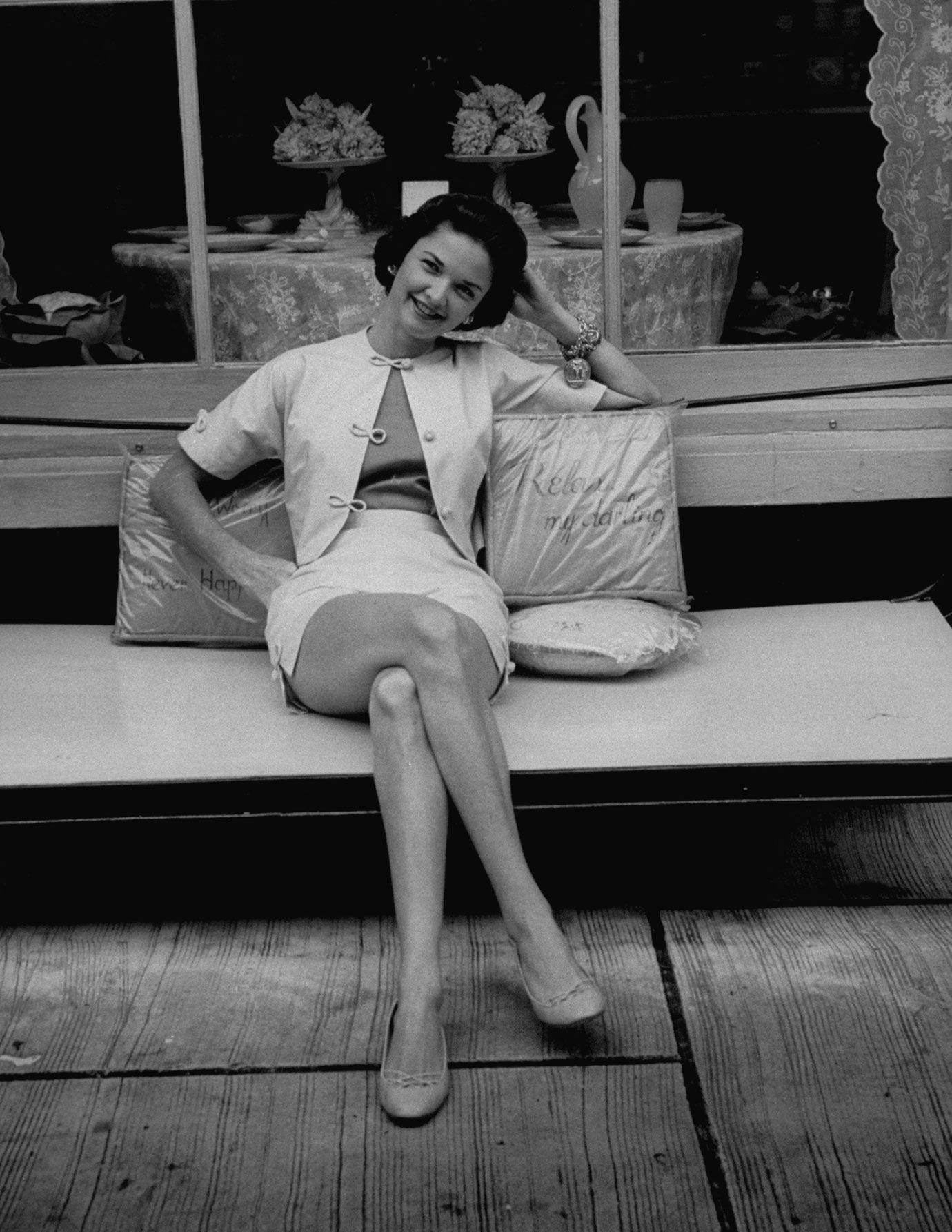 Charlene Wrightsman Second Wife Of Gossip Columnist Igor Cassini Palm Beach Florida 1956
