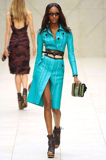 More fabulous aqua. #Burberry #Prorsum #NYFW #coat #jacket #dress #aqua #blue #turquoise #belt #black #brown