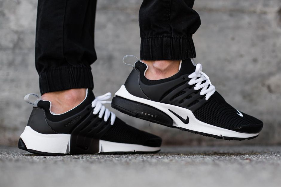 nike presto black on feet