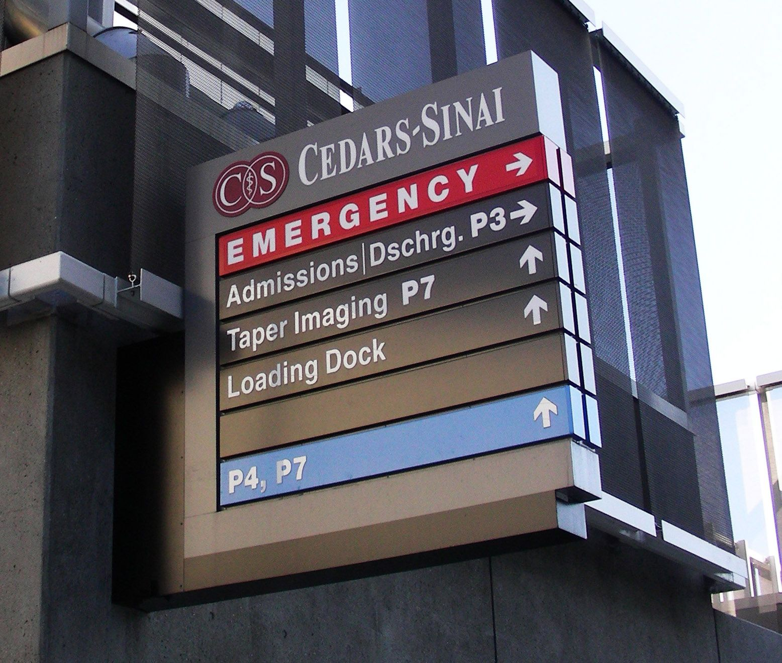 Wayfinding signage program, Cedars-Sinai Medical Center