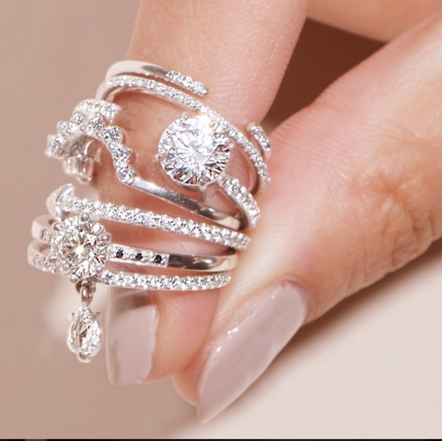 Diamond engagement ring with the silver band, these are so simple ...