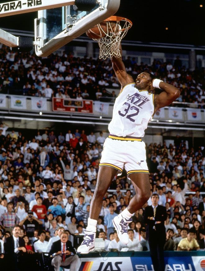Karl Malone, uno de los pívots más importantes de la historia de la NBA, no fue elegido hasta la posición décimo tercera. El cartero fue 'rescatado' por los Jazz por detrás de Wayman Tisdale, Xavier McDaniel o Detlef Schrempf.