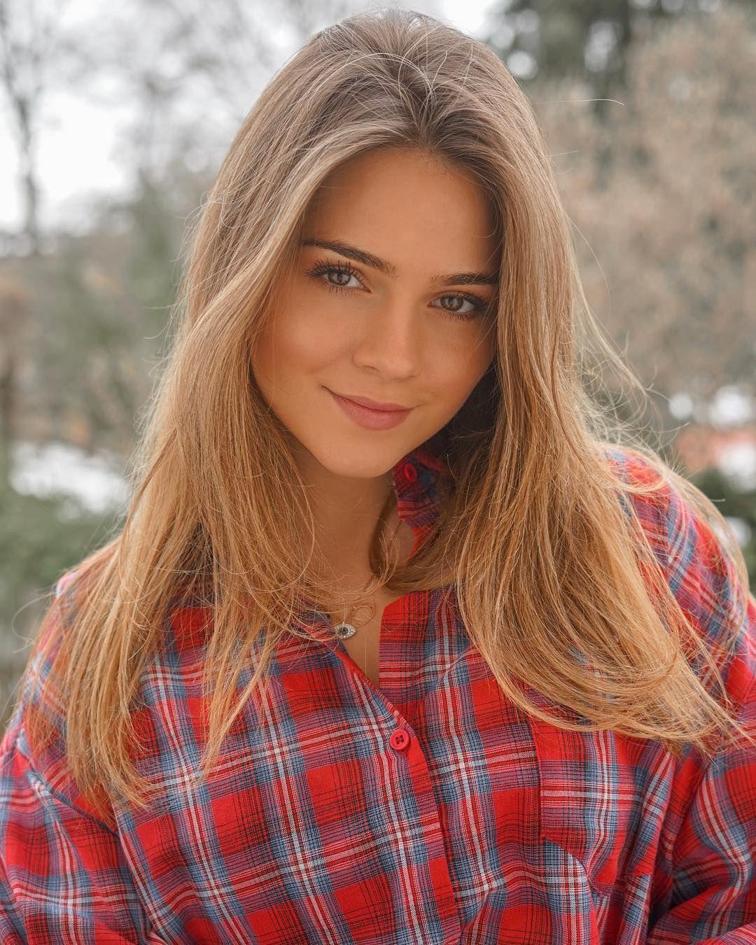 Beautiful women website