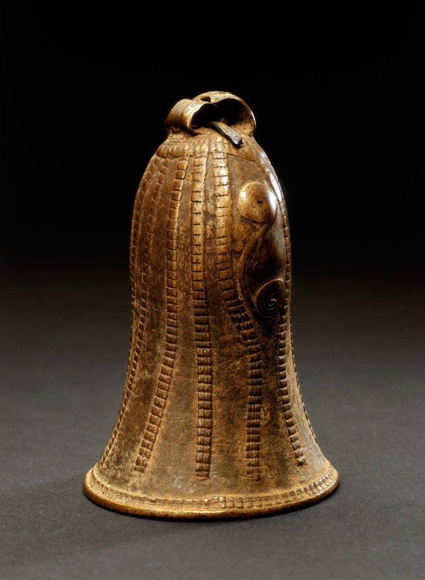 Photograph; Bell. Cultural group; Igbo peoples. Materials
