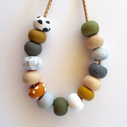 Photo of A bit of color and fun into a simple polymer clay necklace – FImo DIY, polymer clay tutorials