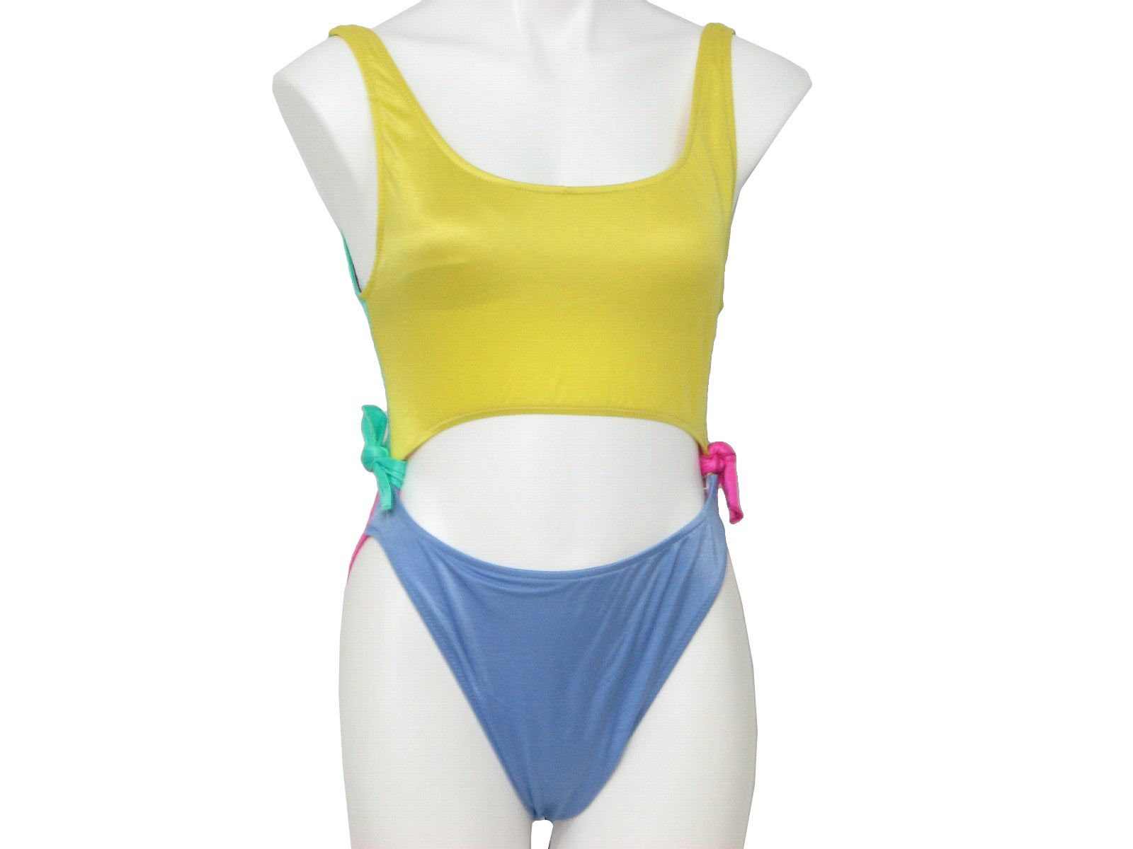 I remember these swimsuits!
