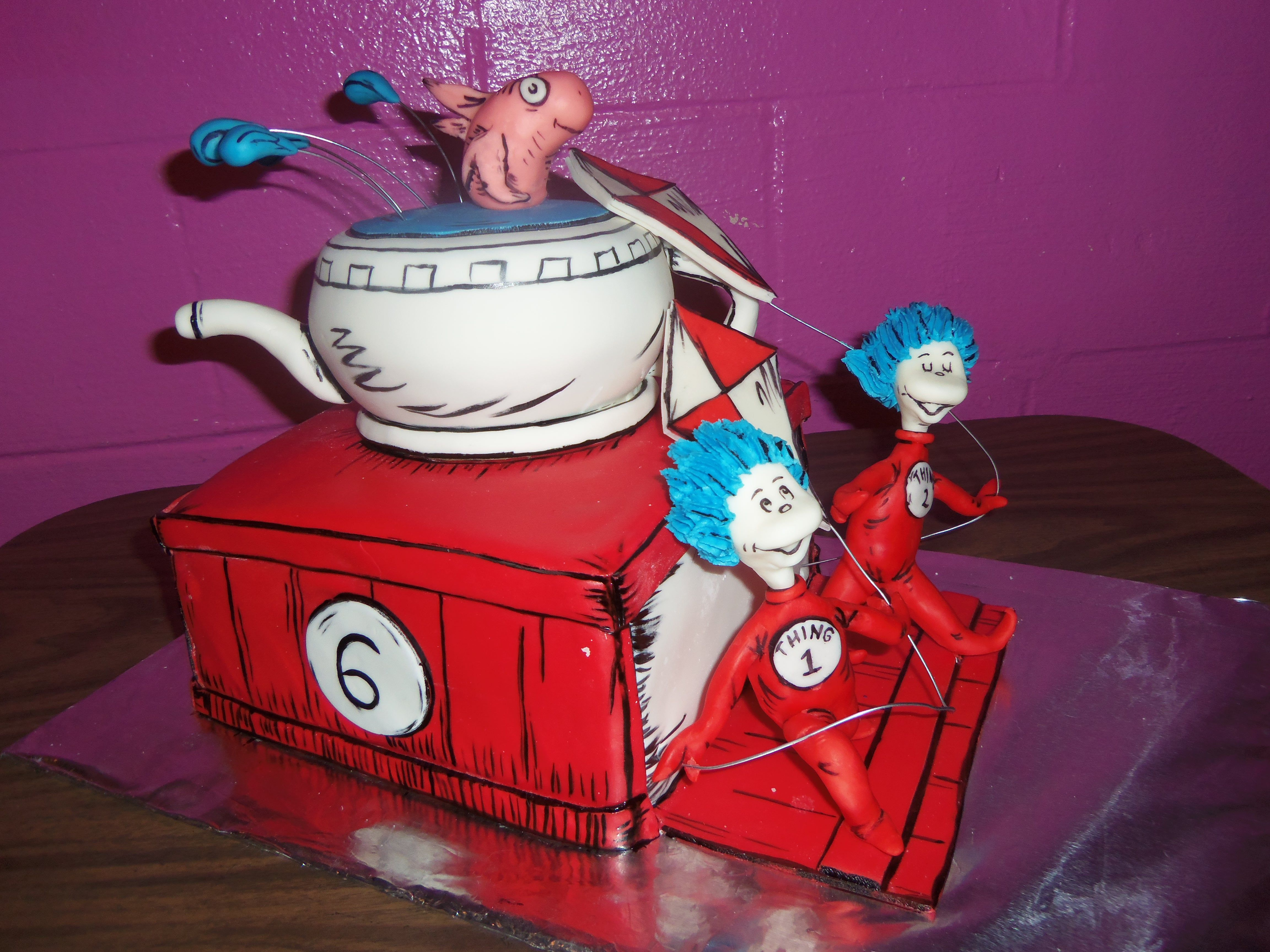 Ashers cake for his 6th birthday cat in the hat with