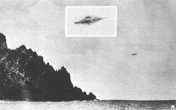 UFO Photo : Trindade Island, Brazil - January 16, 1958