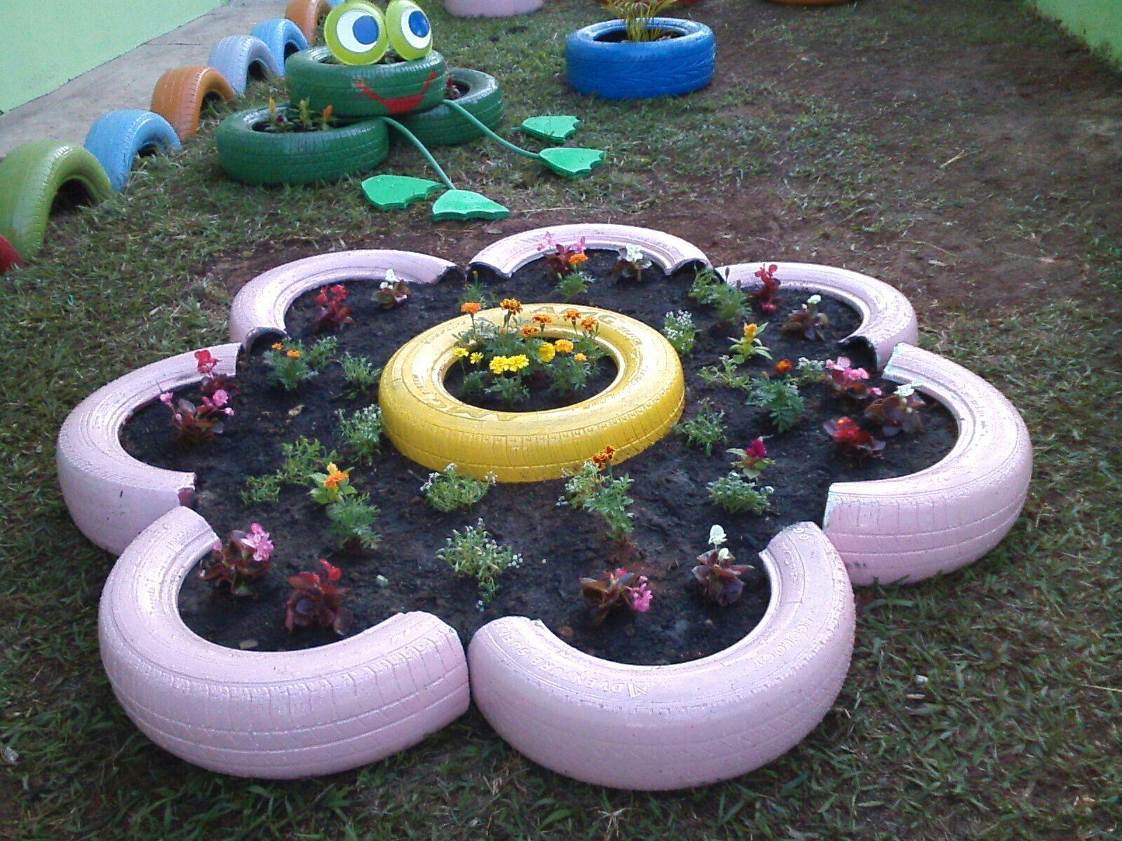 Decoraç u00e3o com pneus velhos reciclagem e meio ambiente decorado Jardim Decoraç u00e3o com pneus  -> Jardins Decorados Com Pneus
