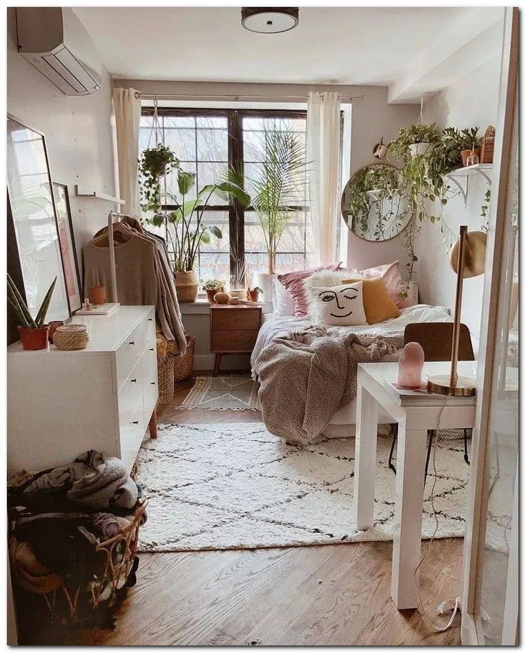 28 Diy Cozy Small Bedroom Decorating Ideas On Budget Cozybedroom Bedroomideas Be Apartment Bedroom Decor Apartment Decorating College Bedroom Cozy Dorm Room