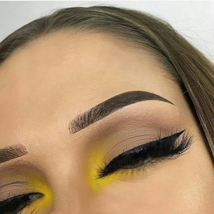 Discovered by natalia ♡ᵕ̈. Find images and videos about makeup, color and yellow on We Heart It - the app to get lost in what you love. #browneyeshadow