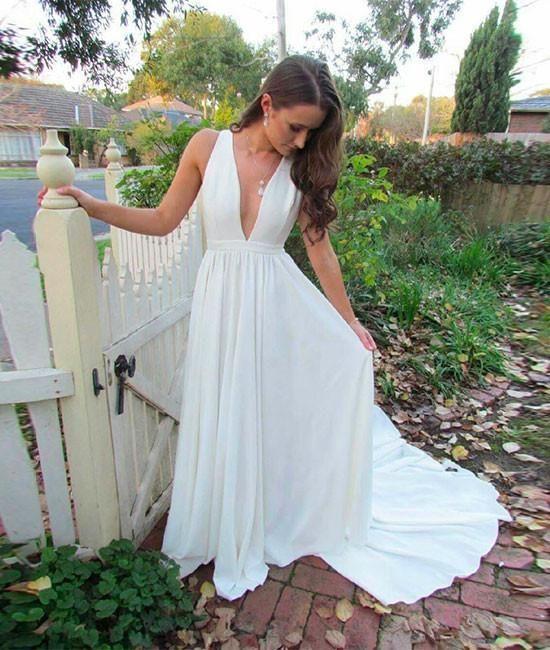 Vestido de fiesta largo con cuello en V blanco simple con cola, vestido formal blanco con cuello en V, vestido de noche blanco – US 24W / Color de la imagen  – Boda