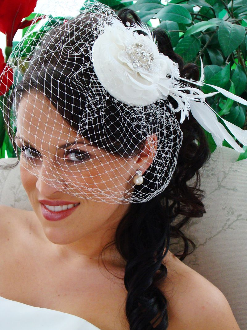 vintage wedding hairstyles with veil | flower birdcage veil the