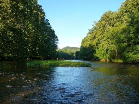 North Fork of Holston River in Virginia, great canoe, float tube