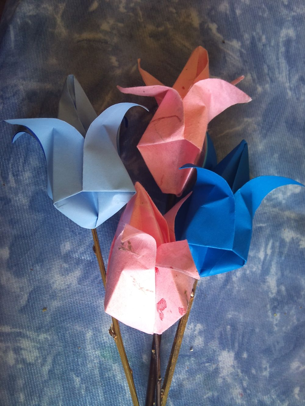 Origami flowers projects pinterest origami flowers origami origami flowers jeuxipadfo Images