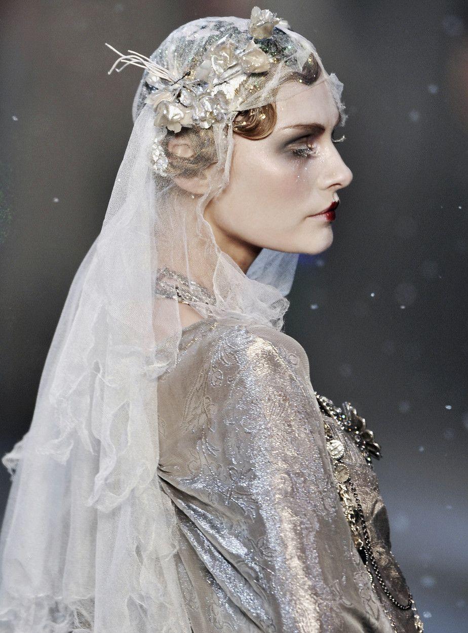 ZsaZsa Bellagio – Like No Other: Dreamy, Dreamy, Couture FANTASY-Tatyana Usova at John Galliano Autumn/Winter 2009
