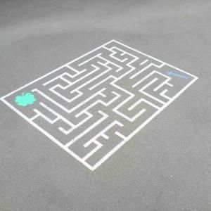 labyrinthe pour cour de r cr ation spelletjes pinterest schule spiele und garten. Black Bedroom Furniture Sets. Home Design Ideas