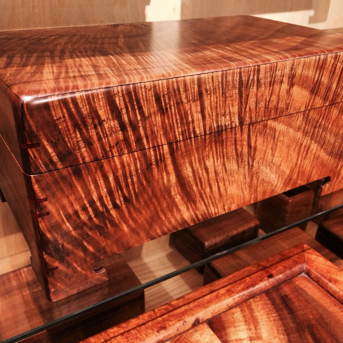 Koa Box Made In Hawaii At Www Martinandmacarthur Com Woodworking Projects Woodworking Woodworking Box