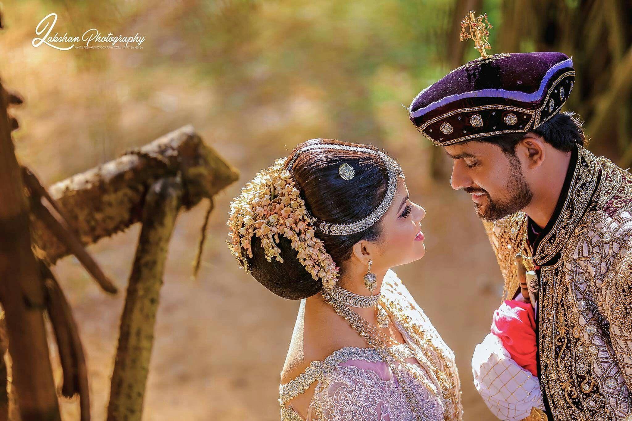 Pin By Malki Thathsarani On Wedding Album Bridal Wear Wedding Sari Srilankan Wedding