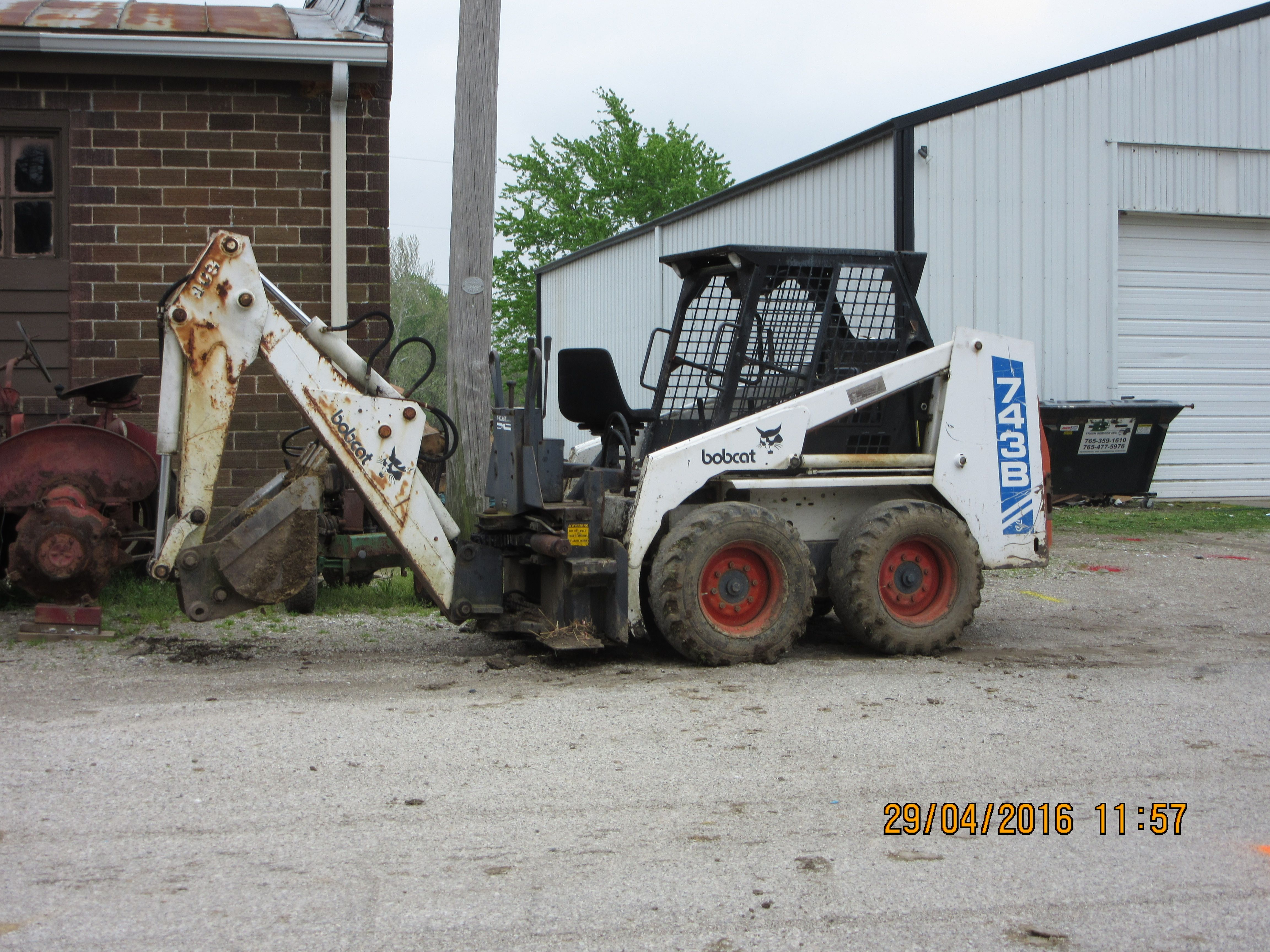 Bobcat 743b Skid Steer Loader With Bachoe Construction Equipment