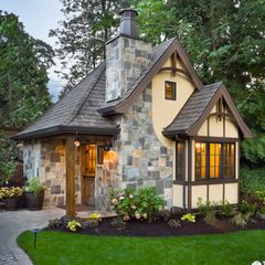 traditional exterior by Alan Mascord Design Associates Inc OMG I WANT THIS!!! It's soo cute and PERF JUST NEEDS TO BE A TAD BIT BIGGER!!