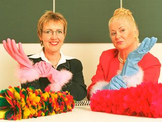 Kim And Aggie From How Clean Is Your House They Use Awesome