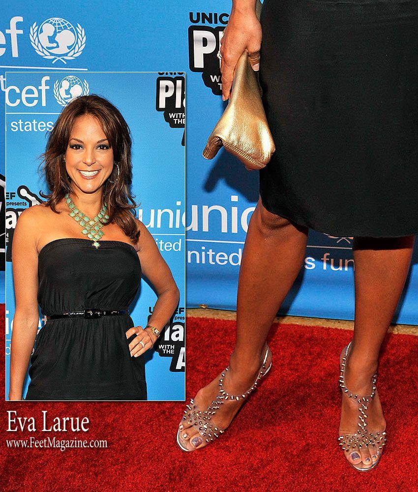 Very cute Eva Larue hit the red carpet showing her feet ...  Very cute Eva L...