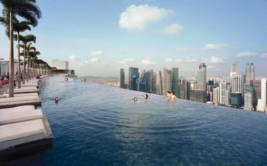 Marina bay sands h tel singapour une piscine for Singapour hotel piscine sur le toit