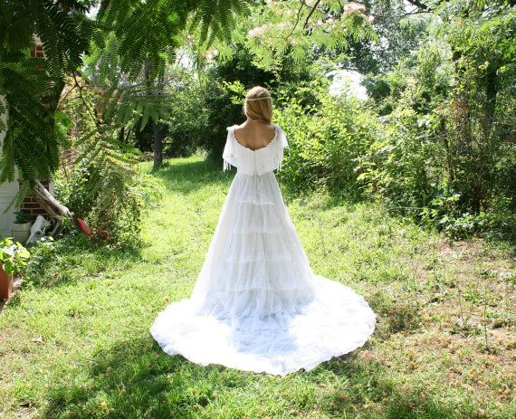 Vintage 70s 80s Wedding Dress ALFRED ANGELO Off Shoulder Southern Belle Style M Romantic